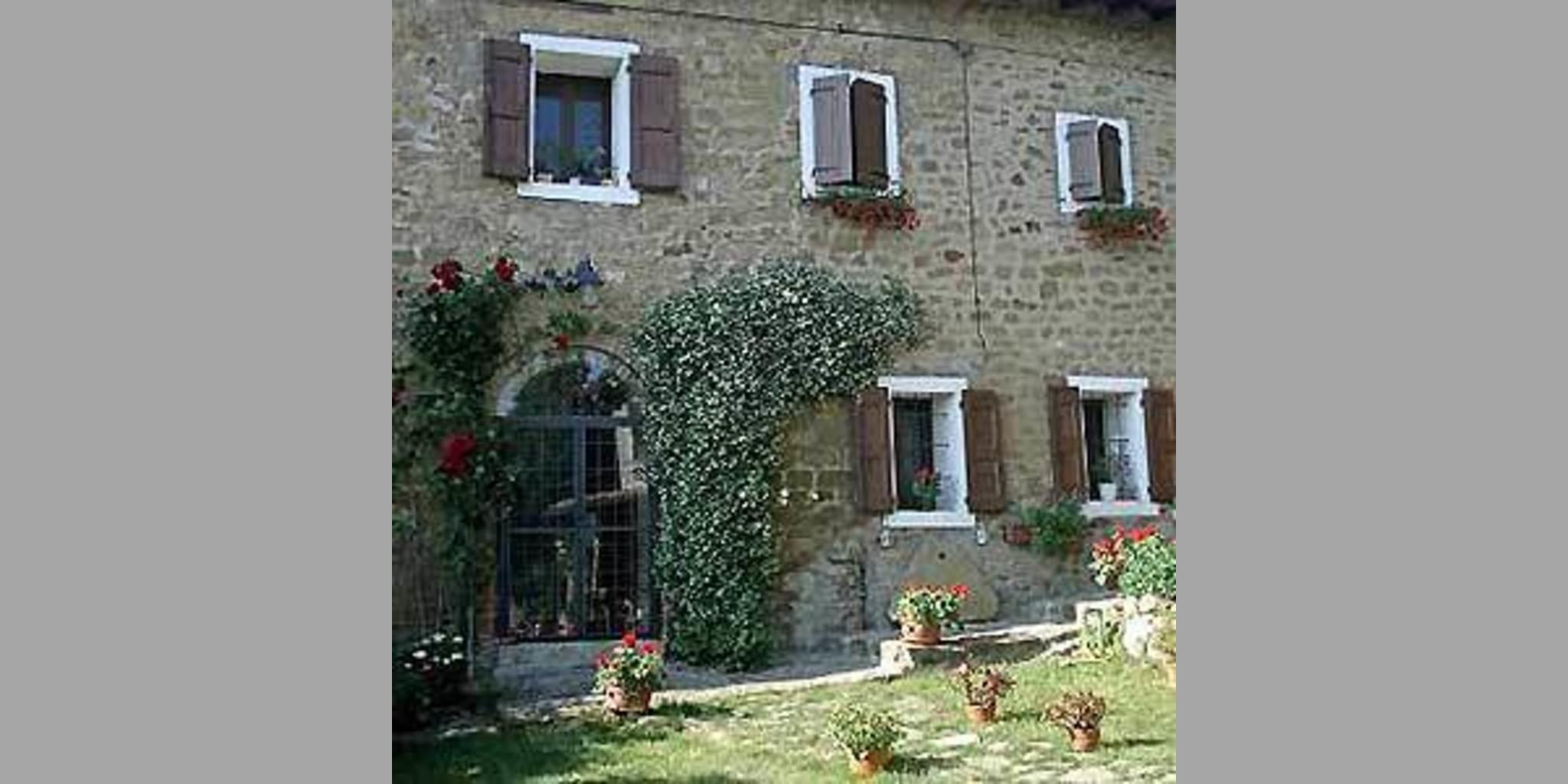 Bed & Breakfast Castello Di Serravalle - Maiola