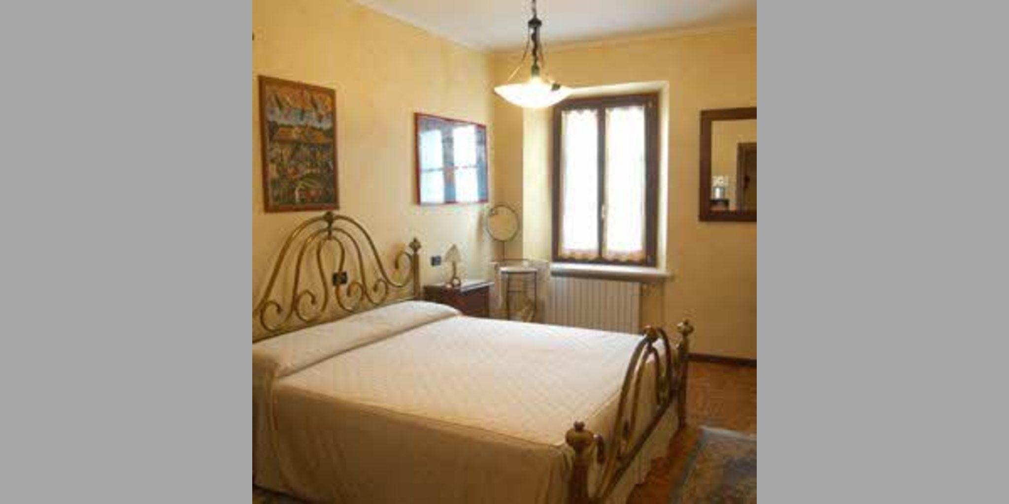 Bed & Breakfast Monzambano - Lago Di Garda  Nuvolino