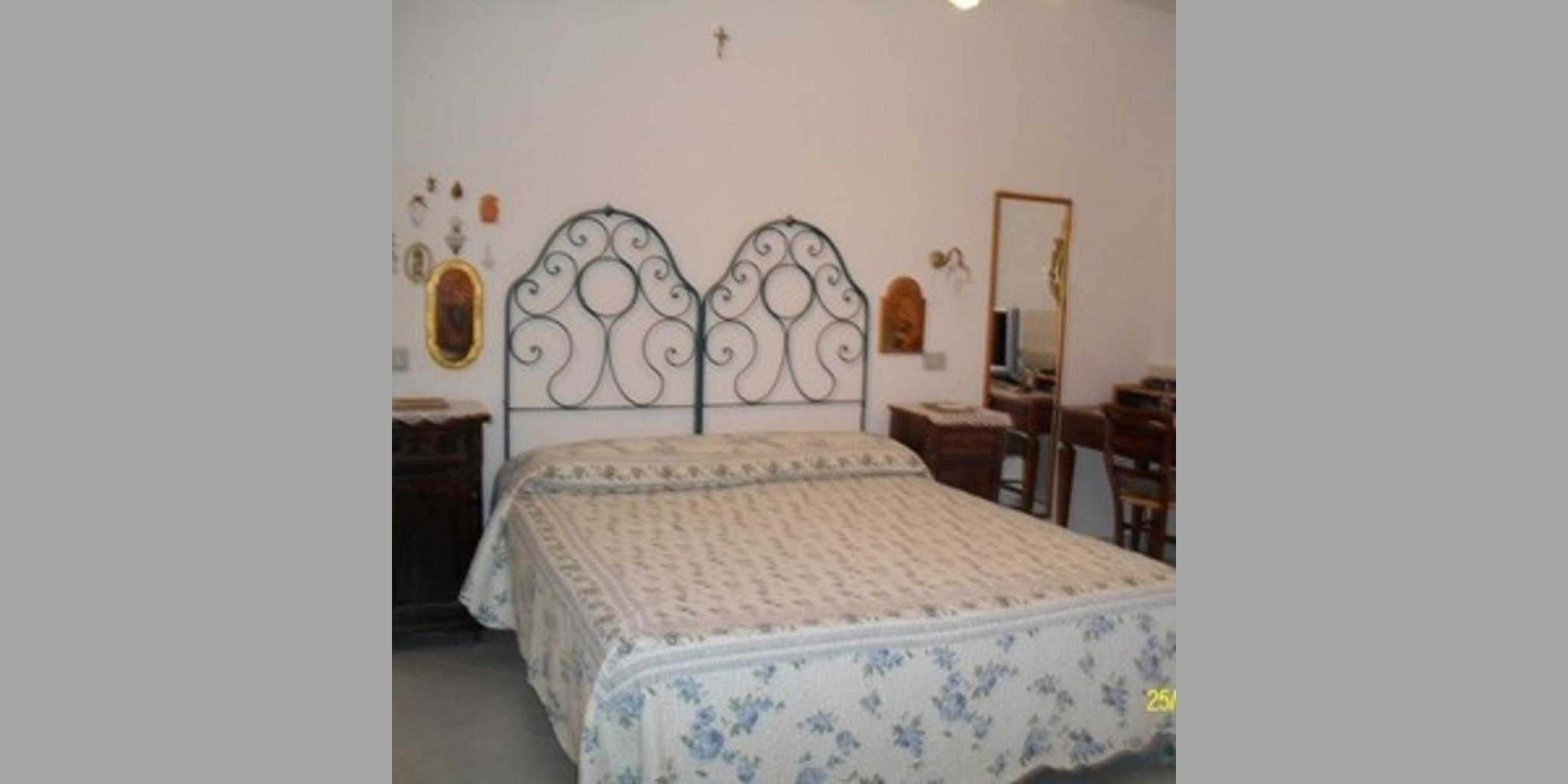 Bed & Breakfast Elmas - Ostro