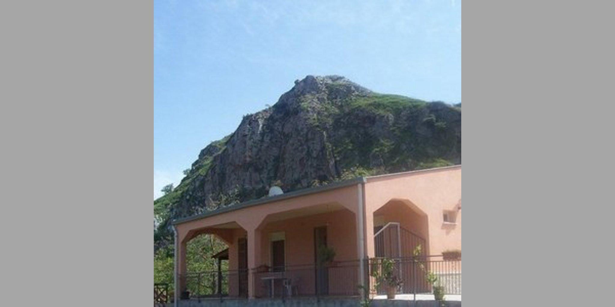 Appartamento Caccamo - Santa Lucia_A