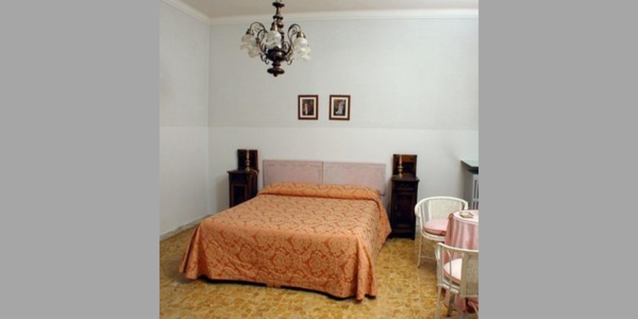 Bed & Breakfast Siena - Conte Di Cavour