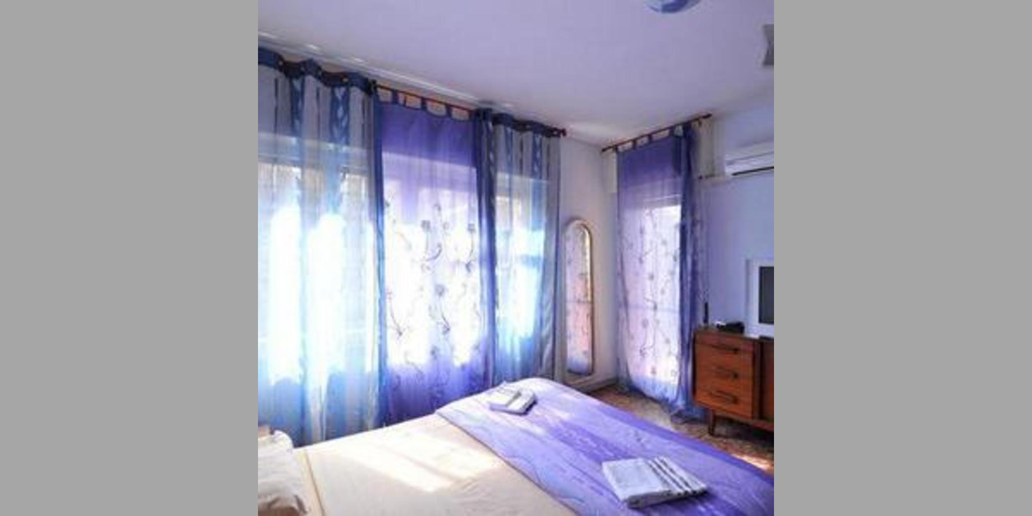 b_RX2053_20120914025910_blu.jpg