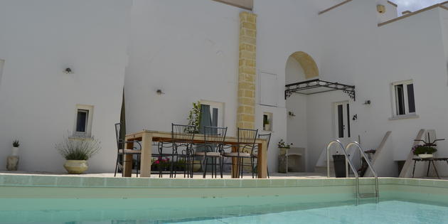 Bed & Breakfast Torre Santa Susanna - L'ambasciatore
