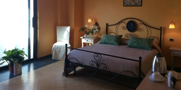 Hotel Santo Stefano Di Camastra - La Playa Blanca