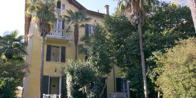 Bed & Breakfast Arona - Arona  Lago Maggiore